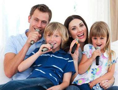 Karaokemixerset   2 Microfoons Meegeleverd   Zwart